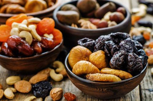mix of dried fruits and nuts